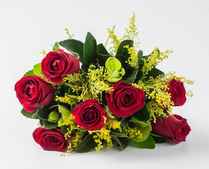 Buquê de 7 Rosas Vermelhas