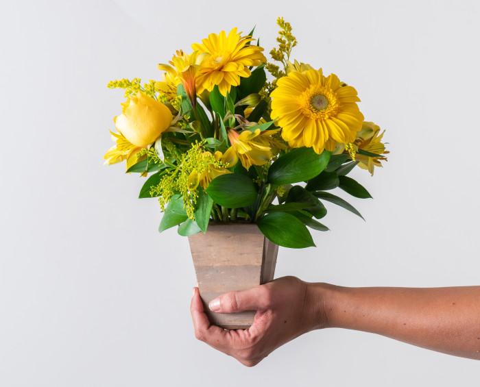 Arranjo de Flores do Campo Amarelas