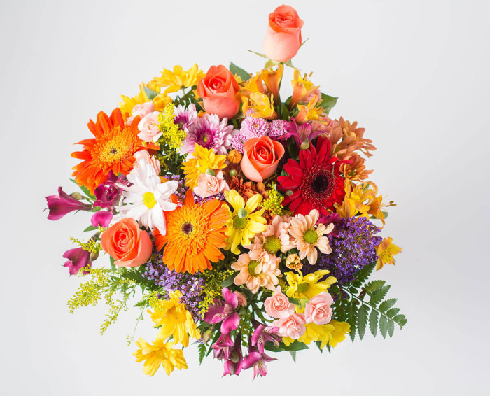Buquê Mediano de Flores do Campo Coloridas