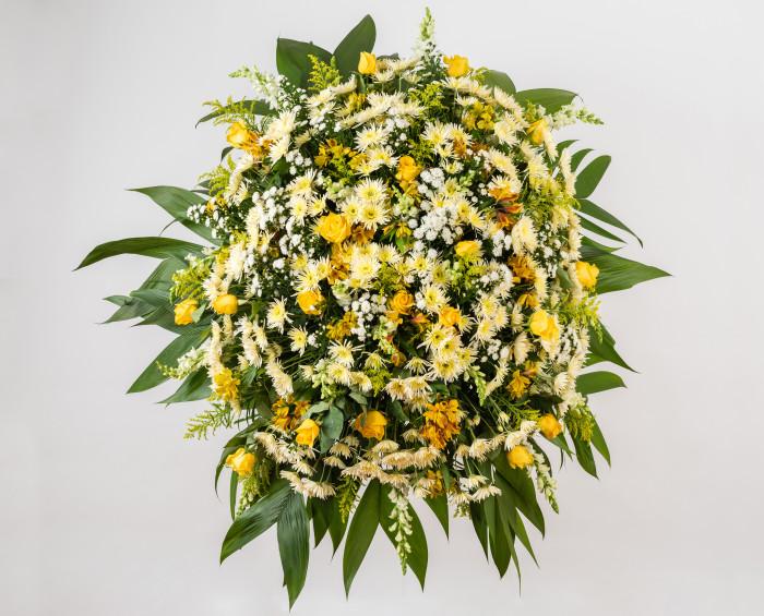 Coroa de Condolências de Rosas na Cor Amarela