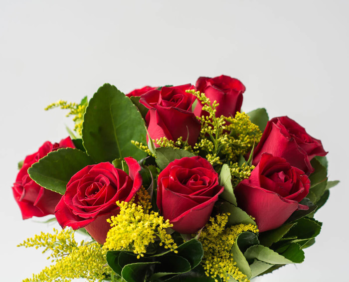 Arranjo de 10 Rosas Vermelhas em Vaso