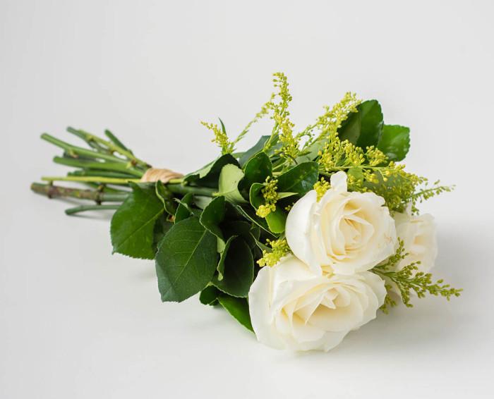 Buquê de 3 Rosas Brancas