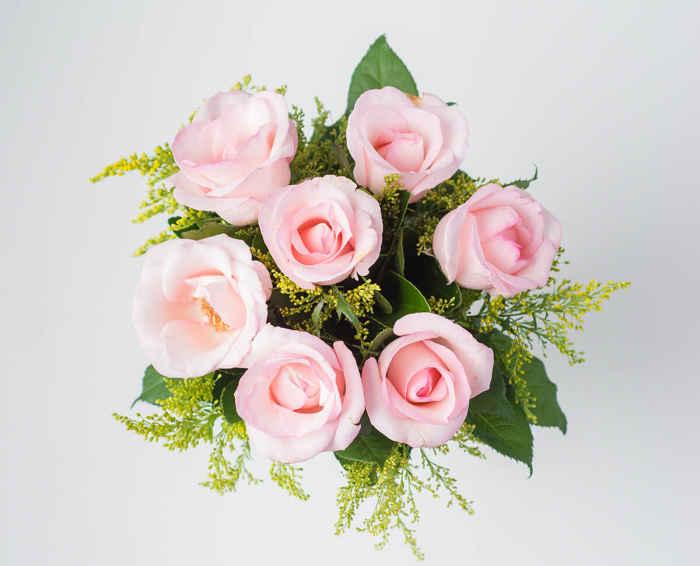 ee555e684 Buquê de 7 Rosas Rosadas - Floricultura Fortaleza